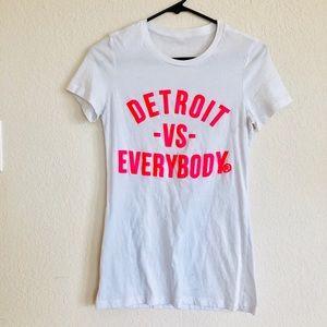 Detroit vs everybody white tee
